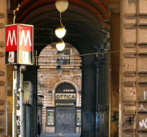 Metro Vittorio