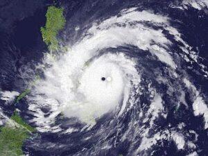 Haiyan_tifone--400x300